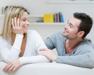 Inilah 4 Alasan Pentingnya Berhubungan Suami Istri