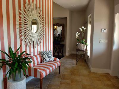 Ide Foyer Rumah yang Praktis