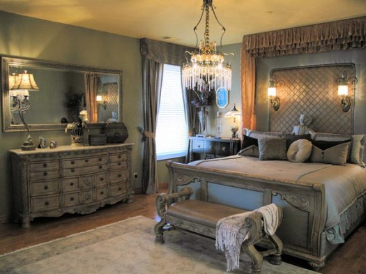 Old World Bedroom Decorating Ideas