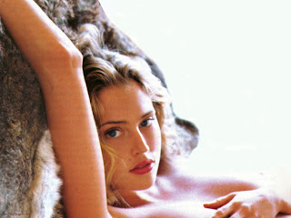 Estella Warren sexy