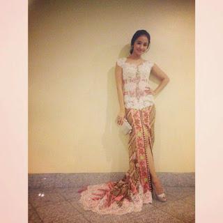 Foto Kebaya Tradisional Laudya Cynthia Bella Artis Indonesia