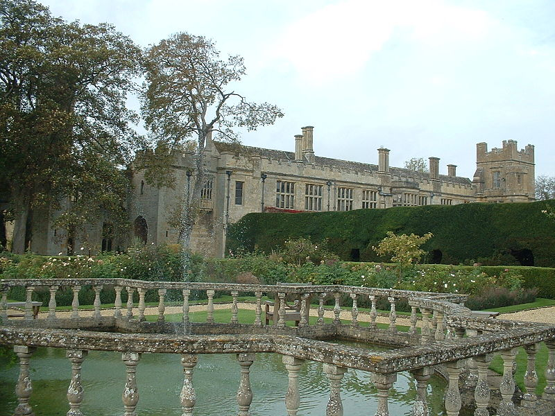Tweedland the gentlemen 39 s club in search of the real blandings castle tonight the third Better homes and gardens tonight s episode