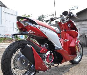 Modifikasi Honda Beat dengan Ban Lebar