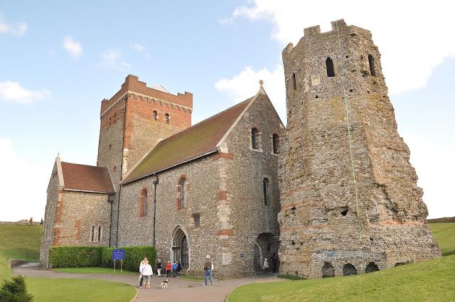 Dover+Castle+Roman+Lighthouse