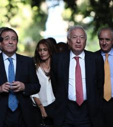 Margallo intentará convencer a Castro de que asista a la cumbre de Veracruz