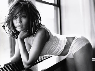 Jennifer Lopez Mexicanas en tangas gratis booty shorts tank top black and white wallpaper