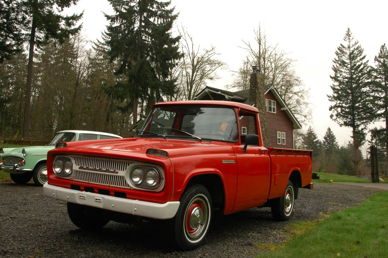 OLD PARKED CARS.: Toyota Treasure Trove: 1967 Toyota Stout.