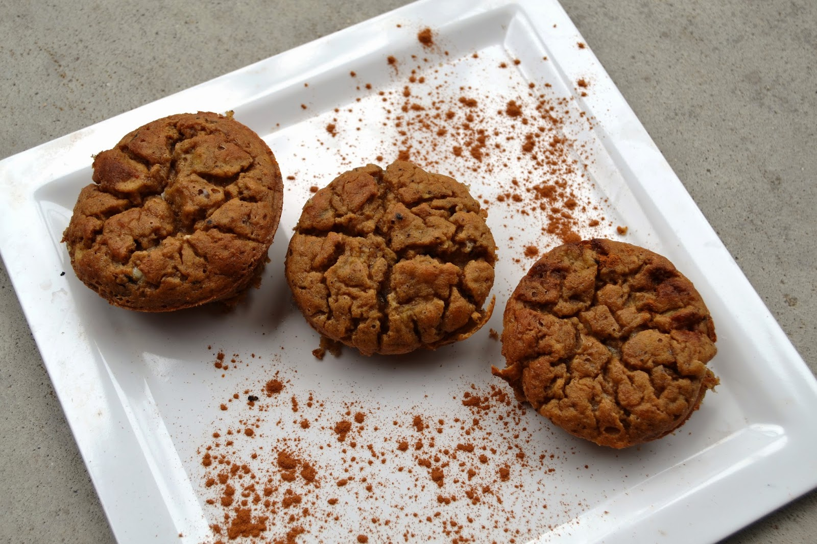 The Nutritionist Reviews: Banana Bread Protein Muffins