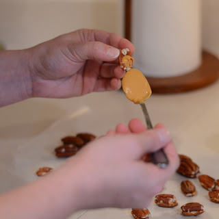 Thanksgiving Butterscotch Pecans