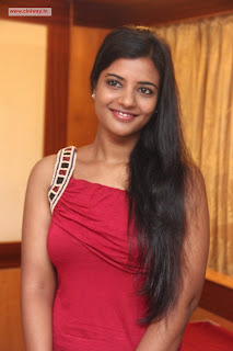 Vilambaram-Actress-Iswariya-Stills