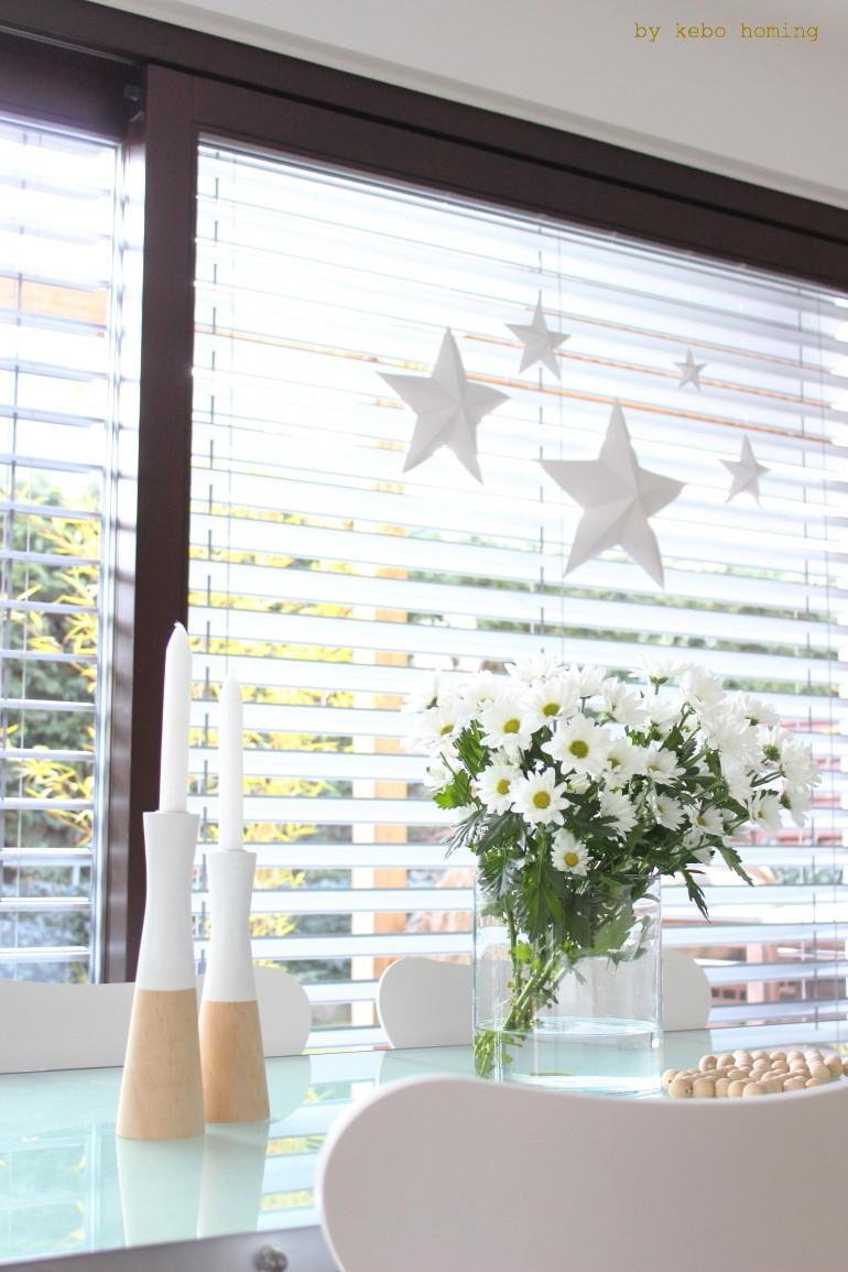 Schöne große 3 D Faltsterne... die DIY Anleitung für die Advents- Weihnachts- Winterdekoration gibt es bei kebo homing, dem Südtiroler Lifestyleblog