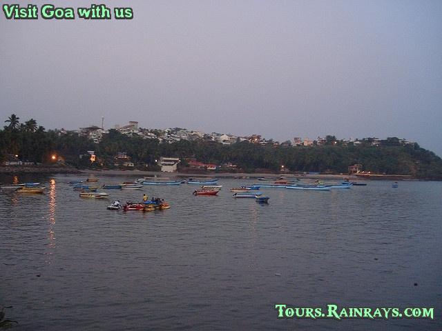 Best Dona Paula Beach, Goa India. Cheap and best tour india