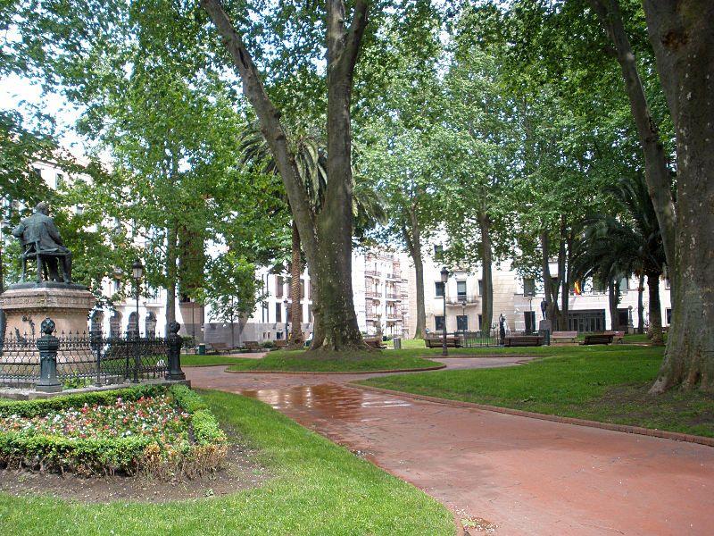 Edificios de bilbao jardines de albia parques para for Jardines de bilbao