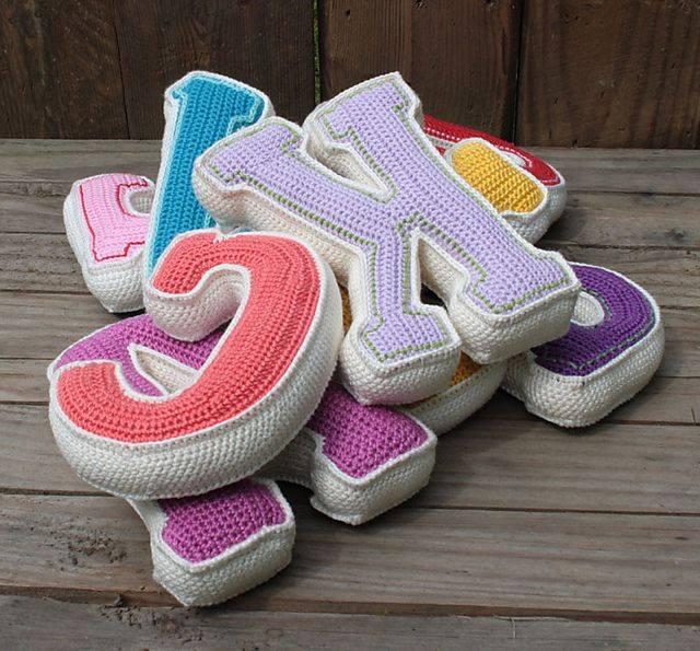 Valentine Amigurumi Free Pattern : Croche e Pontos: Letras e Notas Musicais