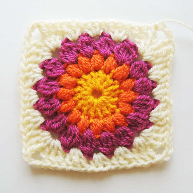 How To Crochet A Granny Square Beginners Tutorial : Nittybits: Sunburst Granny Square Blanket Tutorial