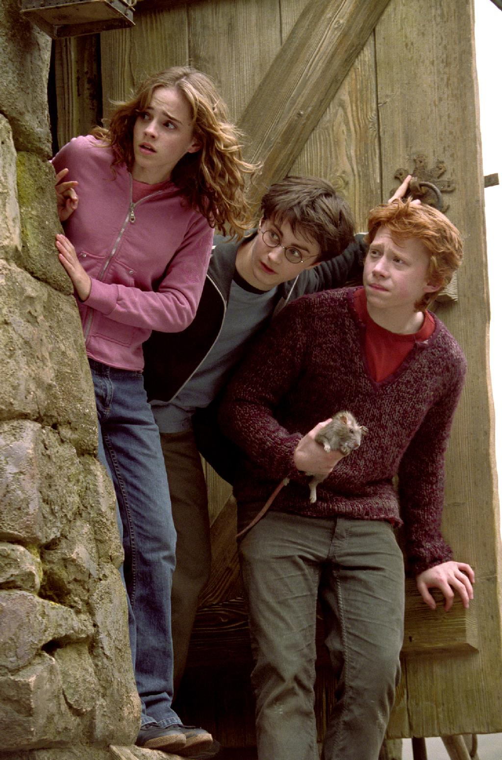 The three leads in Harry Potter and the Prisoner of Azkaban movieloversreviews.blogspot.com
