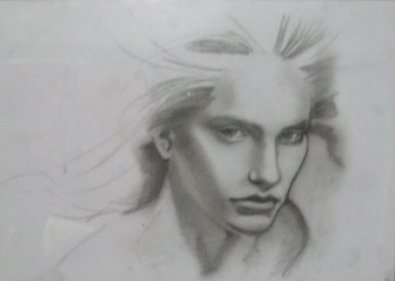meliahat wajahmu di atas sketsa