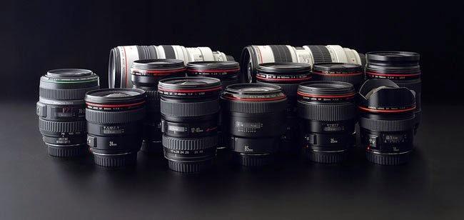 ماهي أهمية العدسة الغير الثابتة في كاميرا ريفلكس؟