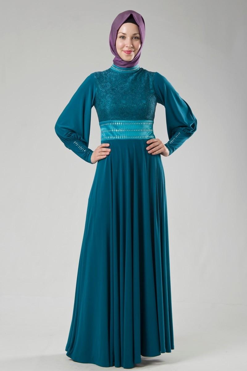 Saks Mavisi Tesettürlü Abiye Modeli