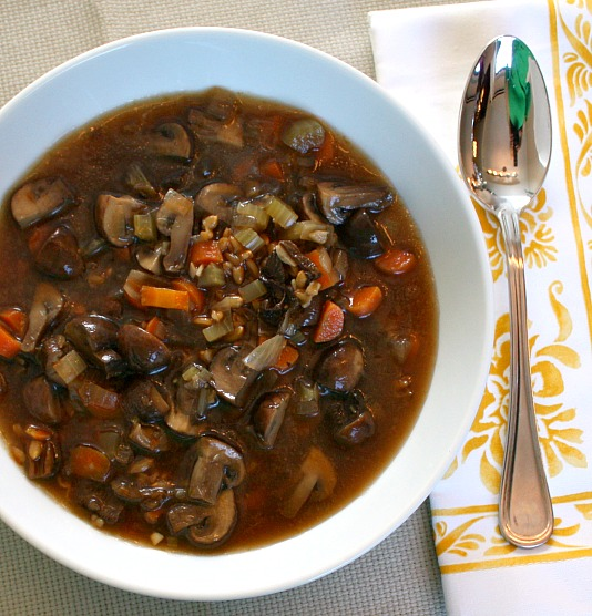 APPLE A DAY: Meatless Monday--Mushroom Farro Soup