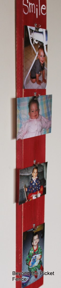 photo boards easy way to display pictures http://bec4-beyondthepicketfence.blogspot.com/2014/03/photo-boards-easy-way-to-display.html