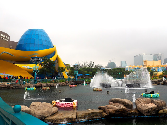 Aqua City Lagoon fountains and Grand Aquarium in Ocean Park, Hong Kong