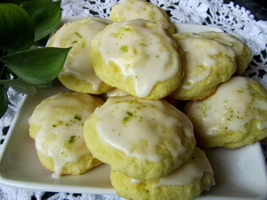 Mennonite Girls Can Cook: Lime Tea Cookies..in time for Spring!
