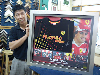 Framed Fernando Alonso Jersey Signature