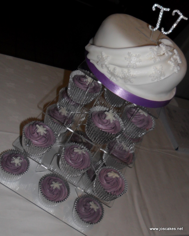 Purple Snowflake Cupcakes Perfect for a winter wedding or celebration