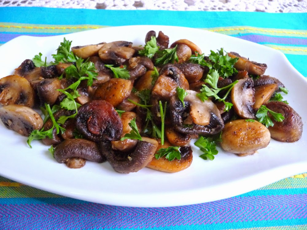 ... LOW-CARBING BY JENNIFER ELOFF: GARLIC BUTTER ROASTED MUSHROOMS