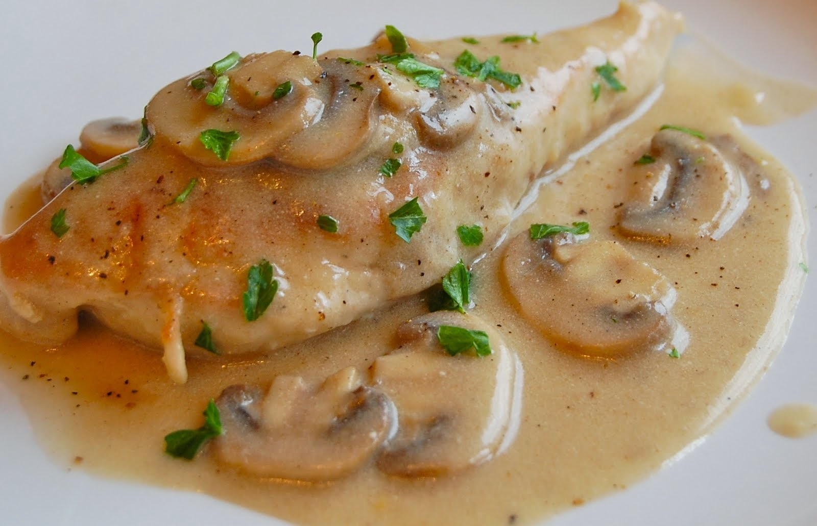 Recipe Exchange: Baked Lemon Chicken with Mushroom Sauce