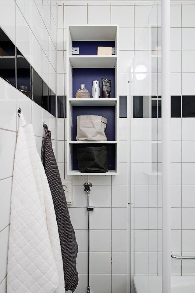 Baño en vivienda blanca total