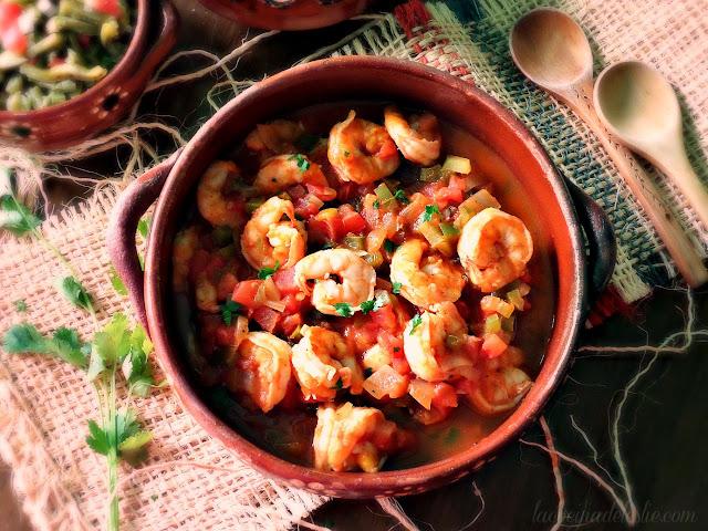 Como hacer Camarones a la Mexicana - lacocinadeleslie.com