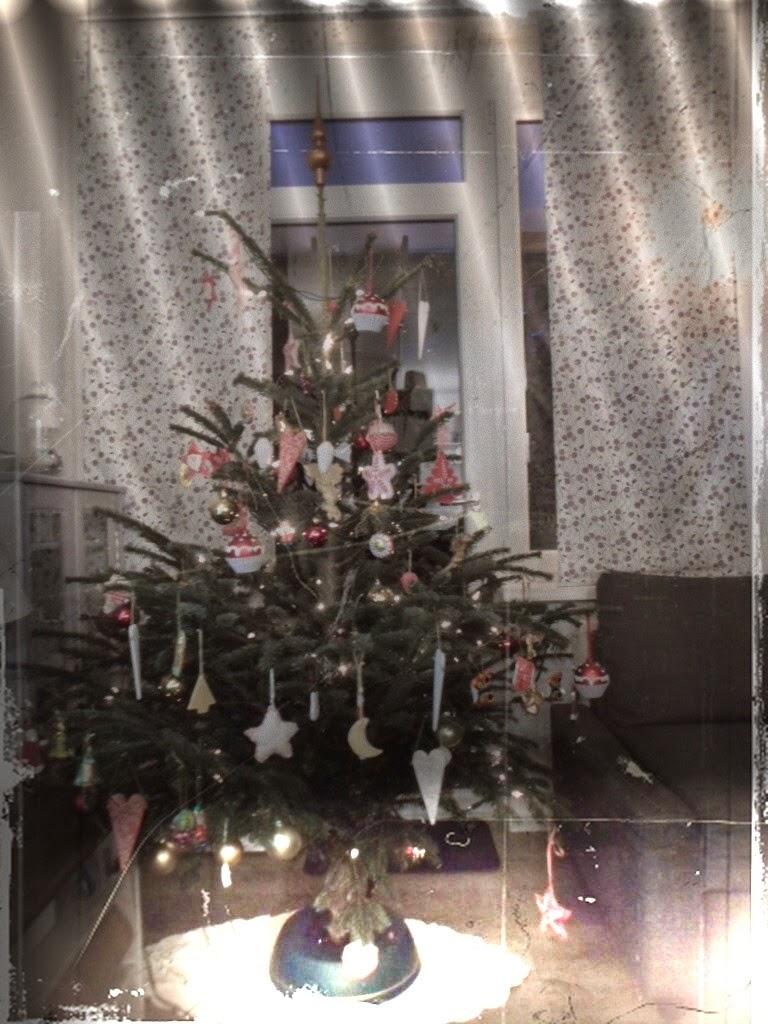 wege ins ich frohe weihnachten. Black Bedroom Furniture Sets. Home Design Ideas