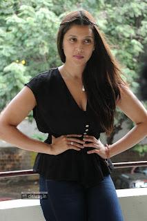 Prema-Jantha-Nai-Heroine-Barbie-Handa-Photos-at-Movie-Press-Meet