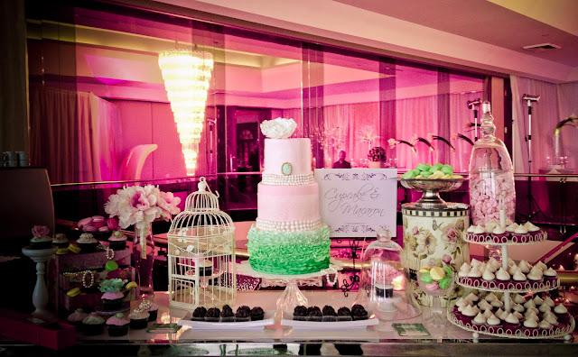 cupcake et macaron montreal dessert table