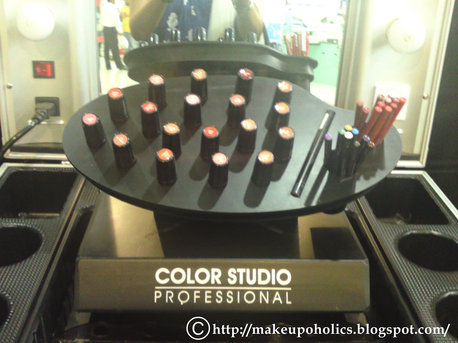 Color studio professional hyper star lahore activity for Nina g salon lahore