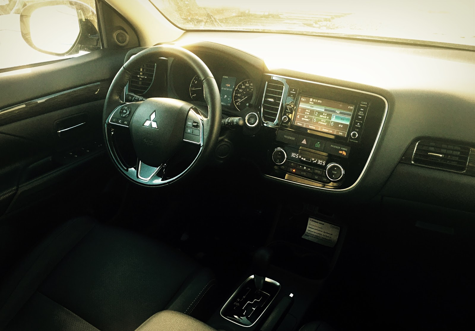 2016 mitsubishi outlander es interior 3 pitching diving the outlanders ride and handling balance is acceptable if we can say so kindly
