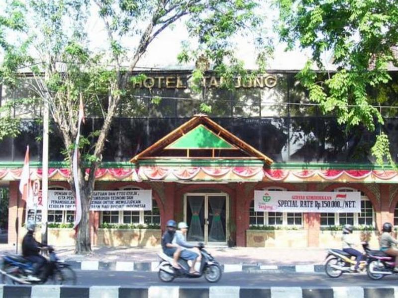 My Backpackeria DAFTAR HOTEL MURAH DEKAT STASIUN GUBENG SURABAYA