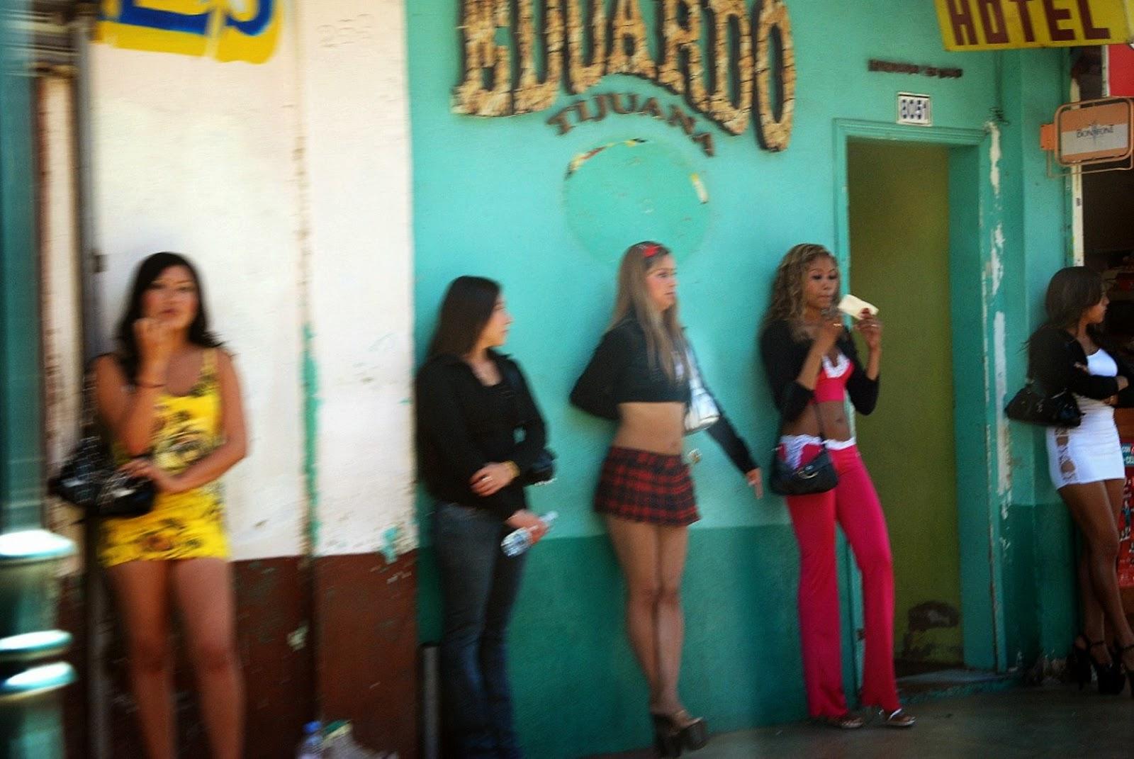 sinonimo de prostibulo prostitutas en la calle montera