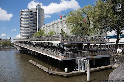info2unikz.blogspot.com - Cool : Amsterdam, Kota Yang Memiliki Lebih 800,000 Buah Basikal (10 Gambar)