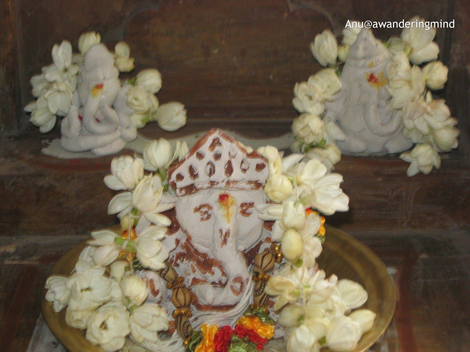 Ganesh chaturthi flowers may flower blog - Lord Ganesha Clay Idols An Eco Friendly Ganpati Celebration In Mumbai