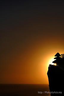 Uluwatu Sunset Photo