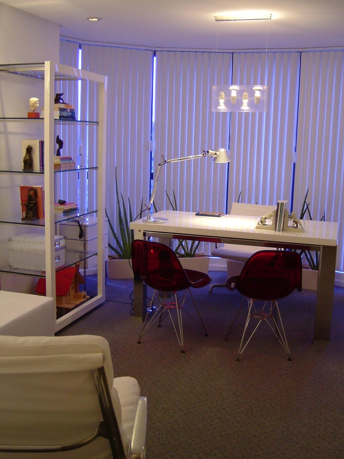 Conhecido art & design - Decoração de interiores - Projetos: Consultório de  TB06