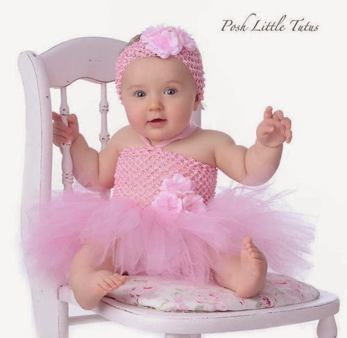Baby Girl Wallpaper: Kids Cartoons: Cute Bay Girls In Barbie Dresses Wallpaper