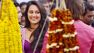 Hoy Sonakshi Sinha And Mahie Gill Photos From Bullett Raja Movie