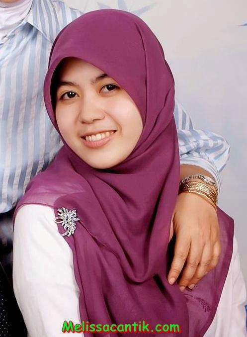 foto gaya berjilbab modis cewek kuliahan masa kini hijab