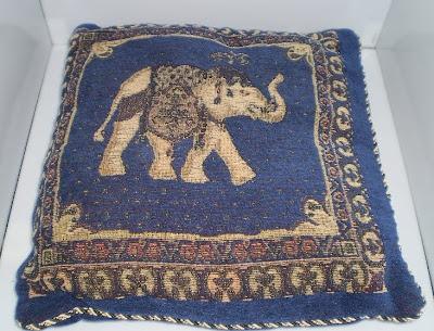 Kék elefánt párna