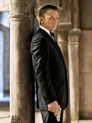 Mr.Bond