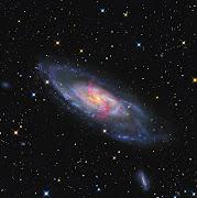 O universo é constituído de tudo o que existe fisicamente, a totalidade do .